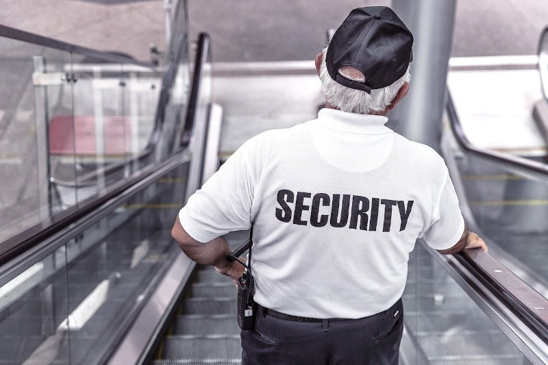 What Should You Look For In Security Guards Before Hiring Them?